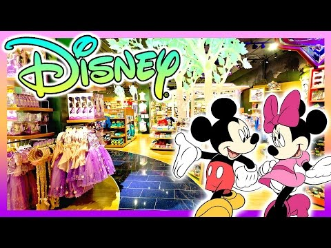 REAL LIFE Disney Store Tour in Times Square - NEW YORK CITY