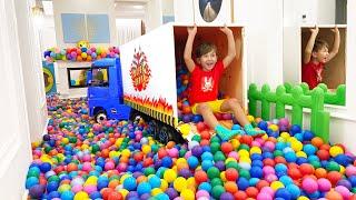 Senya and 10 Million Colored Balls in my HOUSE! смотреть онлайн в хорошем качестве бесплатно - VIDEOOO