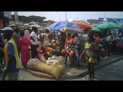 marche central Douala, part 3