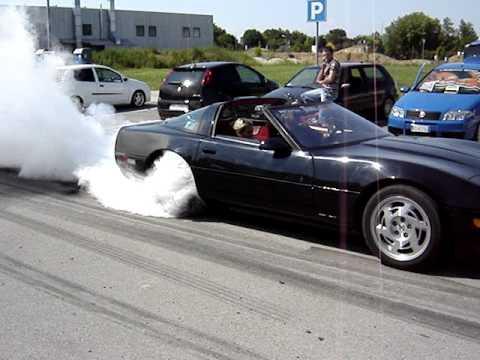 Corvette burnout al Moto e Motori 2007 (Trebaseleghe)