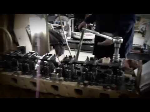 CAT Diesel Engine Assembly, In-frame, pistons up.