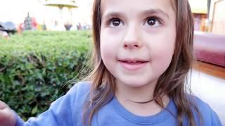 Vlog 🍄 Στρουμφάκια το χαμένο χωριό 🍄 παιχνίδια, ελληνικά video gia paidia greek