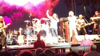 Starship Ft Mickey Thomas & Stephanie Calvert - Nothing Gonna Stop Us Now HD