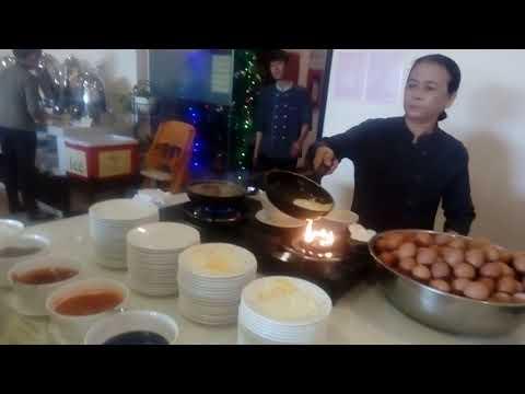 Завтрак в отеле Бегония, Нячанг, Вьетнам/ Breakfast At Begonia Hotel, Nha Trang, Vietnam