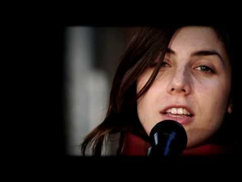 JULIA HOLTER - He's running through my eyes (a 'FD' acoustic session)