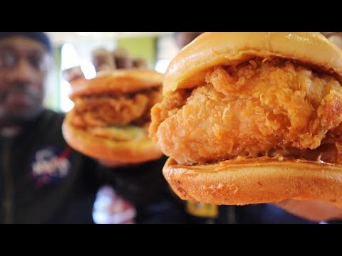 We Finally Captured The Popeyes Chicken Sandwich   MAM Eating Show