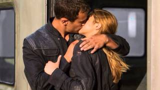 Insurgent (Divergent 2) Book Trailer