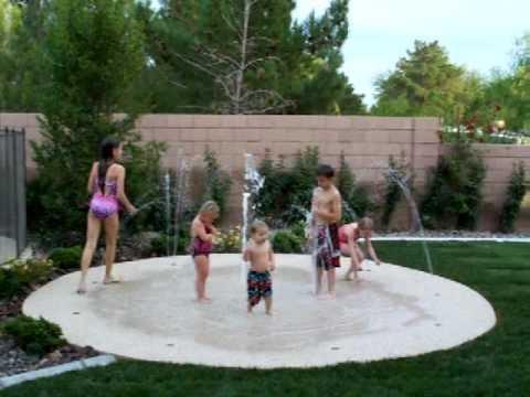 Backyard Splash Pad Cost stevebreckpools aquapark splash pad - youtube