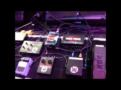 Joe Satriani's live setup revealed