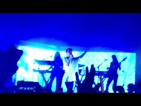 Troye Sivan - TALK ME DOWN - Live in Kansas City