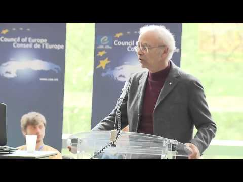 Open-ended debates series 2013: Peter SINGER