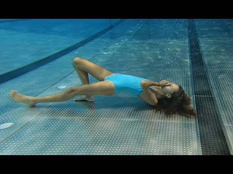 Carla Underwater Swimming alone in the pool. from YouTube · Duration:  4 minutes 51 seconds