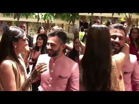 Sonam Kapoor Breaks Down & HUGS Husband Anand Ahuja In Front Of Entire Kapoor Family At Wedding