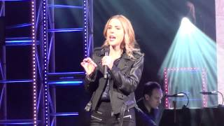 [5/7] Kerry Butler - Watch What Happens (from Newsies) @ America Gardens Theatre, Epcot, 1/28/17