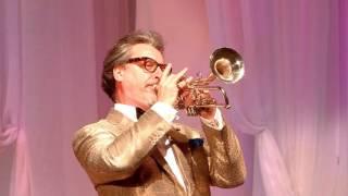 Знаменитый трубач-виртуоз Мауро Маур в Шымкенте