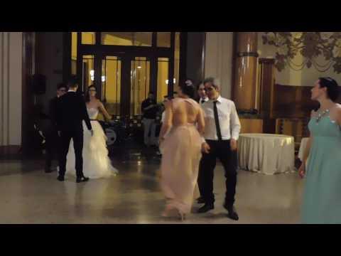Stefania e Manuel sposi. Balla come el Papu.