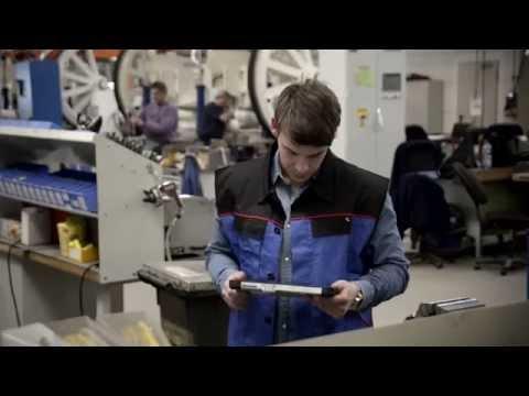 D4 Welding robot assistant