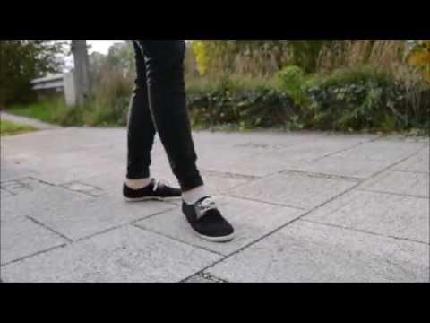 Julia Künstlername - Vagabond (Original)