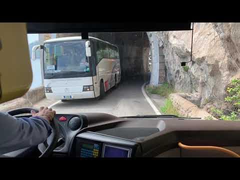 Amalfi Coast Italy Bus Driving Skills 🇮🇹