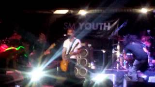 Franco performs Better Days and Song for the Suspect (cut) @ [Backtrack] UP Fair 2014