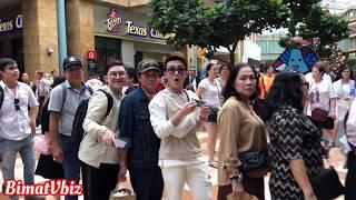 HUỲNH LẬP, HỒNG TÚ đưa bố mẹ sang Singapore xem show Thuý Nga By Night 130 | BÍ MẬT VBIZ