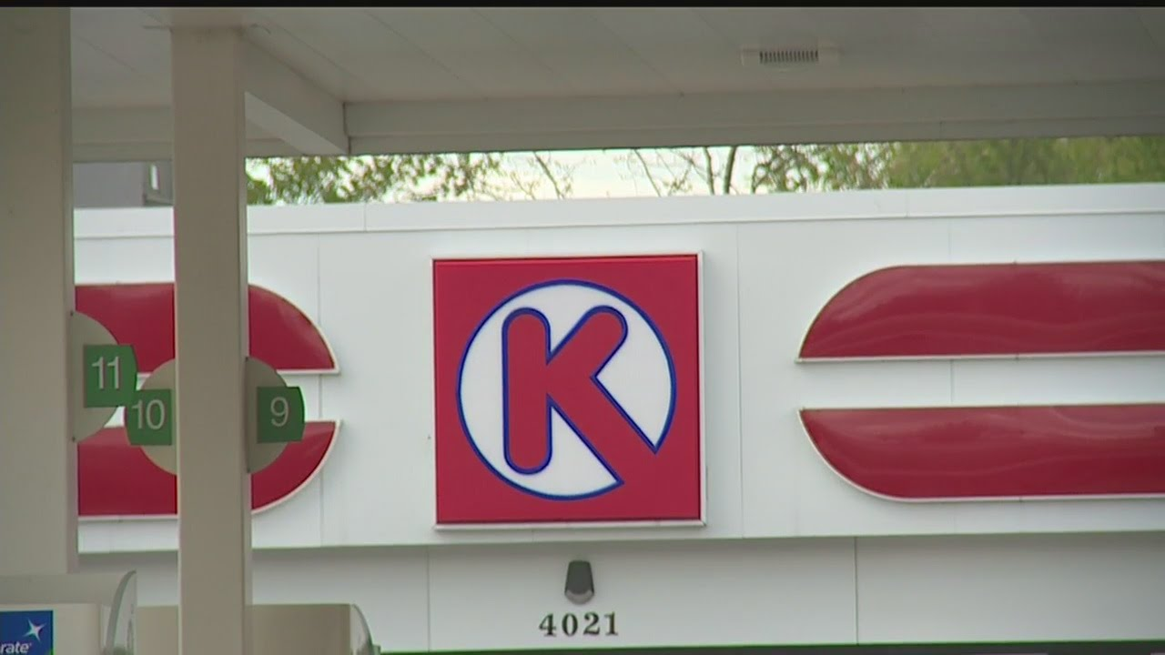 Masked gunmen rob Circle K in Warren