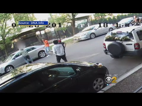 5 Carjackers Caught On Video Right After Man Parks Car In Bucktown