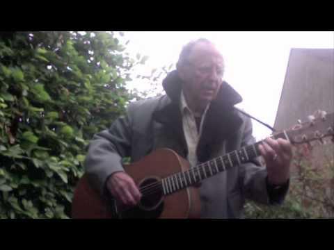Noel Harrison sings
