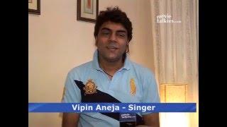 Top note: Singer Vipin Aneja