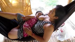 Video Mama Muda  Lagi kasih Susu Gratis download MP3, 3GP, MP4, WEBM, AVI, FLV Juni 2018