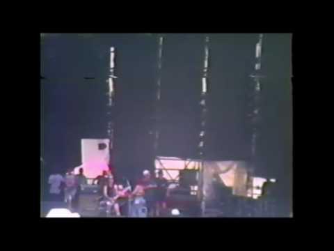 1993 01 23 L7 Ian MacKaye Pretend We're Dead Hollywood Rock Festival Rio de Janeiro Brazil