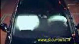 Crash Test EuroNCAP Audi Q7 (2006) www.sicurauto.it