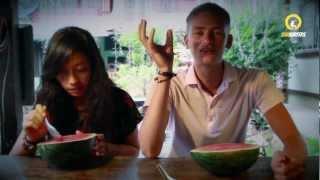 Путешествие на Скутерах по Северу Таиланда(http://www.sunsurfers.ru - блог о наших путешествиях по Азии (там много чего интересного). В этой серии к нам присоедин..., 2012-04-09T16:05:14.000Z)