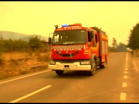 Firefighters, Locals Battle Wildfires in Chile's Maule Region