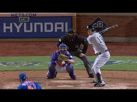 Tanaka notches his first big league hit