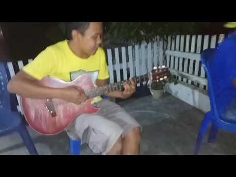 Lagu Dondo dibawakan oleh suku mandar haha