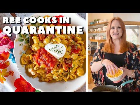 The Pioneer Woman Cooks Cheesy Taco Shells in Quarantine | Food Network
