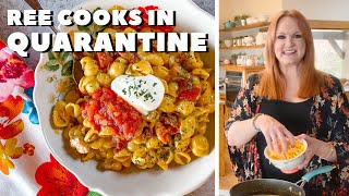 The Pioneer Woman Cooks Cheesy Taco Shells in Quarantine | Food Network