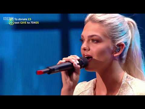 """[HD] Louisa Johnson Performing """"Alone"""" By Heart - Children In Need 2017 Rocks The 80s"""