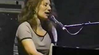 Tori Amos Philadelphia 04-26-98 =11-Tear In Your Hand
