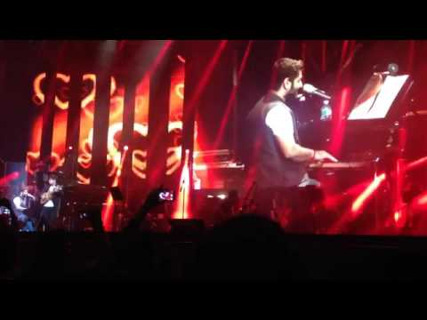 Arijit Singh live-  Piano medley