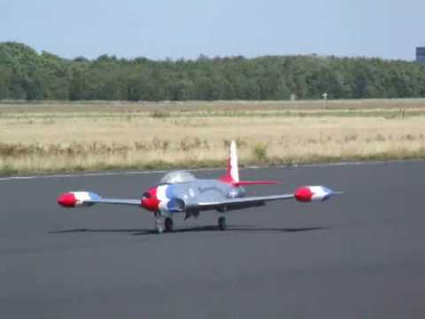 Scale jets Lockheed T 33 Shooting Star first flight