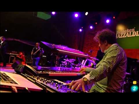 John McLaughlin & The 4th Dimension - Light at the edge of the world 2011