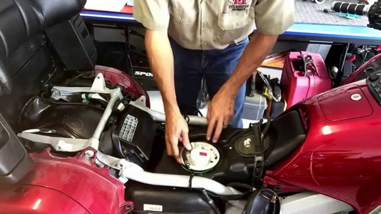 Fuel Pump Replacement on a 2003 Honda Goldwing GL 1800 - YouTube