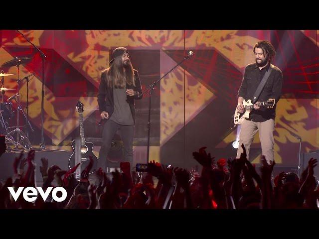 Maneva - Reviso Meus Planos (Ao Vivo Em São Paulo) ft. Armandinho