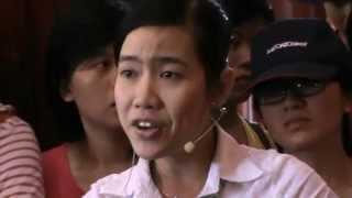 Hướng dẫn viên di tích Cao Văn Lầu
