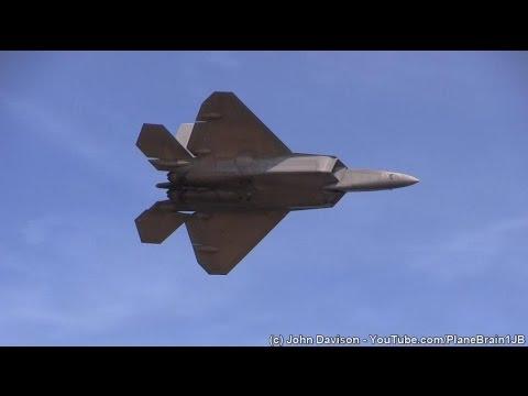 2015 JB Andrews Airshow - F-22 Demo & USAF Heritage Flight