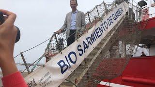 Pedro Duque visita el buque 'Sarmiento de Gamboa' en Vigo