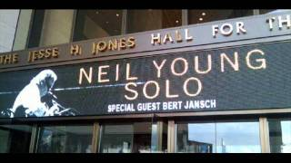 Neil Young Live Houston, TX 06-04-10 Peaceful Valley 05