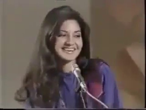 Legendary Moin Akhtar Interviews Legendary Nazia Hassan